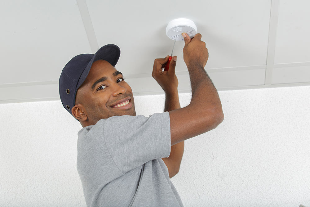 Electrical Safety & Wiring for Homes in Flushing & Genesee County | Electrician Express - smokedetector